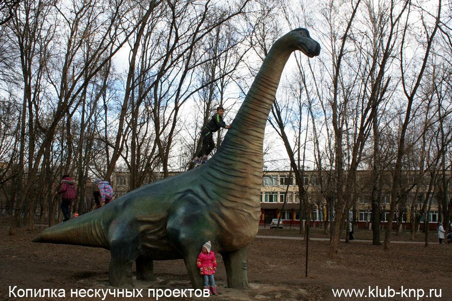 park-dinozavrov-serpuhove-07