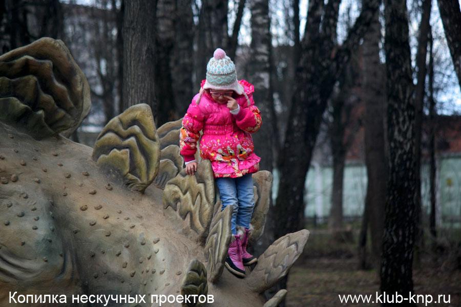 park-dinozavrov-serpuhove-12