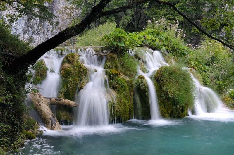 В Сочи есть водопады, которые не пересыхают даже летом.