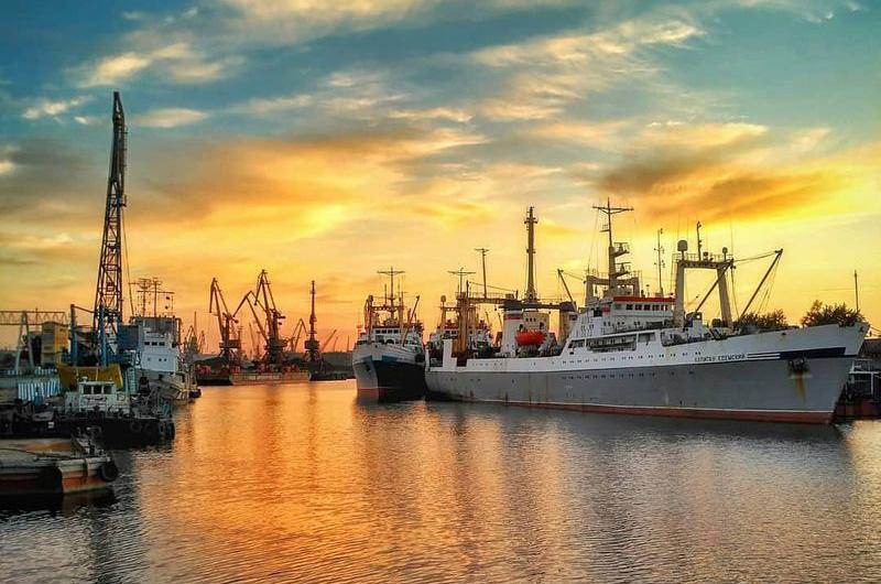 Морской порт Калининграда.