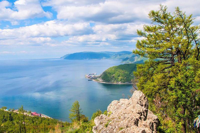 Экскурсии из Иркутска на Байкал в Листвянку